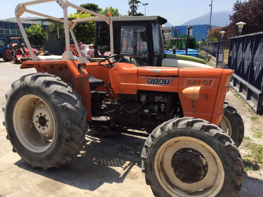 Trattori usati e macchine agricole usate autos post for Attrezzi agricoli usati piemonte